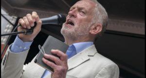 Beschuldigingen van antisemitisme tegen Corbyn zijn stormram van rechts