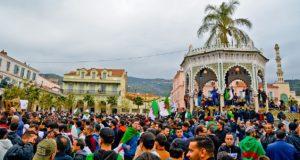 Algerije: Bouteflika is weg maar de Algerijnse revolutie nog niet!