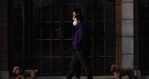 Covid-19: kapitalisme haast zich om alles te herstarten, terwijl pandemie nog aangroeit