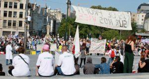 Links vs extreemrechts: links demonstreert in België voor meer zorg, rechts tegen migranten