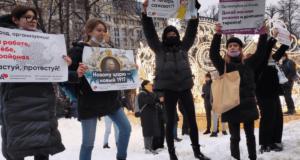 Protest tegen corruptie in Rusland. 'Nieuwe tsaar? Nieuw 1917'!